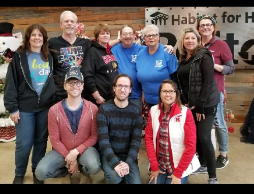 Three Rivers REALTORS® give back to two charities for the holidays
